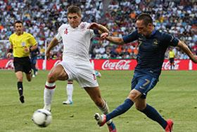 ผลการแข่งฟุตบอล ไก่เดือยทอง พบ หงส์แดง